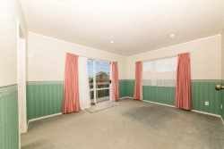 2/2 Lesa Annis Place, Henderson, Waitakere City, Auckland