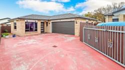 32 Capital Pl, Papatoetoe, Auckland 2025