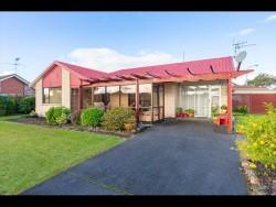2/99 Riverside Road, Orewa, Rodney, Auckland
