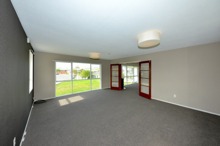 28 Dunoon Pl, Woolston, Christchurch 8062