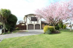 1 Fiona Place, Hei Hei, Christchurch City 8042, Canterbury