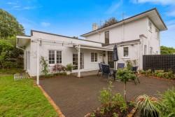 16 High Street, Glenholme, Rotorua District 3010, Bay of Plenty