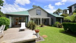254 & 254a Beach Road, Campbells Bay, North Shore City, Auckland