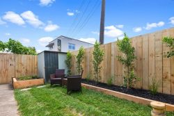2/35 Shakespeare Road, Milford, North Shore City, Auckland