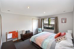 18 Ribbonwood Close, Normanby, Dunedin, Otago