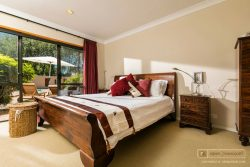 44 Hardens Lane, Paremoremo, North Shore City, Auckland 0632, New Zealand