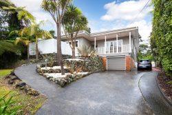 94 Woodlands Park Road, Titirangi, Waitakere City, Auckland, 0604, New Zealand