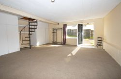 7 Camrose Place, Glenfield, North Shore City 0629, Auckland
