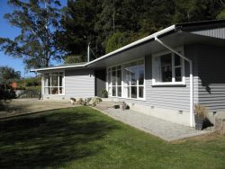 25 Cullen Street, Herbert, Waitaki District 9495, Otago