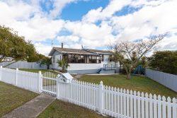 10 Silver Birch Rise, Henderson, Waitakere City, Auckland, 0612, New Zealand