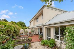 212b Springfiel­d Road, St. Albans, Christchur­ch City, Canterbury, 8014, New Zealand