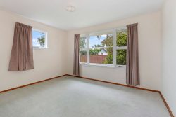 19 Warblingto­n Street, Aranui, Christchur­ch City, Canterbury, 8061, New Zealand