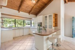 3 Crestview Pl, Browns Bay, North Shore City, Auckland, 0630, New Zealand