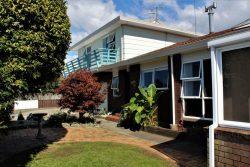 19 Feary Crescent, Takaka, Tasman, Nelson / Tasman, 7110, New Zealand