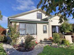 5 Stuart Street, Owaka, Clutha, Otago, 9535, New Zealand