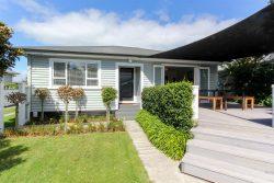 18 Karaka Street, Merrilands, New Plymouth, Taranaki, 4312, New Zealand