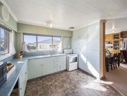 279 High Street Eltham 4322 New Zealand