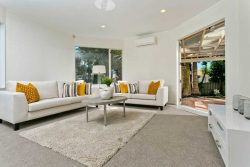17 Goldfinch Rise, Unsworth Heights, North Shore City, Auckland, 0632, New Zealand
