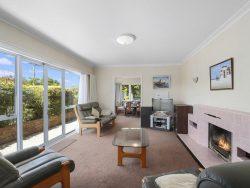 12 Houchens Road, Glenview, Hamilton, Waikato, 3206, New Zealand