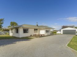 42 Churcher Street, Feilding, Manawatu, Manawatu / Wanganui, 4702, New Zealand