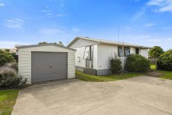 17A Longstead Avenue, Papamoa, Tauranga, Bay Of Plenty, 3118, New Zealand