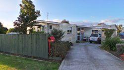 2 Beechwood Avenue, Levin, Horowhenua, Manawatu / Wanganui, 5510, New Zealand