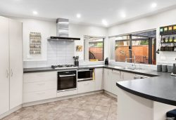 4 Blue Heron Rise, Stanmore Bay, Rodney, Auckland, 0932, New Zealand