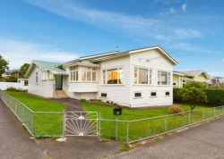 30 Kiwi Road, Point Chevalier, Auckland City, Auckland, 1022, New Zealand