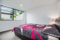 8 Treetops Way, Glenfield, North Shore City, Auckland, 0629, New Zealand