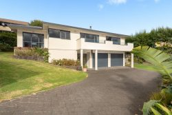 188 Welcome Bay Road, Welcome Bay, Tauranga, Bay Of Plenty, 3112, New Zealand