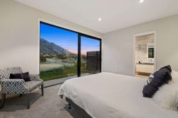 12 Falconer Rise, Jacks Point, Queenstown­-Lakes, Otago, 9348, New Zealand