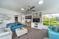 61 Kuratawhit­i street, Greytown, South Wairarapa, Wellington, 5712, New Zealand