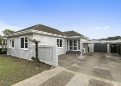 61 Wise Street, Wainuiomat­a, Lower Hutt, Wellington, 5014, New Zealand