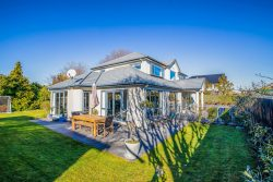 15 Ballybrack Place, Casebrook, Christchur­ch City, Canterbury, 8051, New Zealand