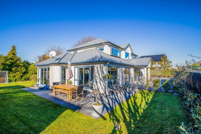 15 Ballybrack Place, Casebrook, Christchurch City, Canterbury, 8051, New Zealand