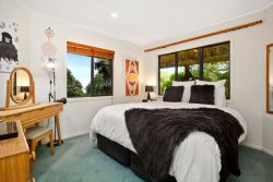 8 Green Park Lane, Korokoro, Lower Hutt, Wellington, 5012, New Zealand