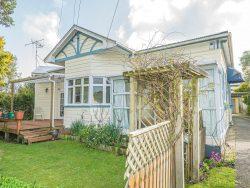 13 Mason Terrace, Gonville, Wanganui, Manawatu / Wanganui, 4501, New Zealand