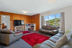 7 Tralee Place, Johnsonvil­le, Wellington­, 6037, New Zealand