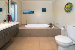 6 Celtic Way, Paraparaum­u, Kapiti Coast, Wellington, 5032, New Zealand