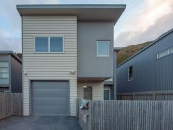 36F Erlestoke Crescent, Churton Park, Wellington­, Wellington, 6037, New Zealand