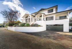 5 The Strand, Fitzherbert, Palmerston North, Manawatu / Wanganui, 4410, New Zealand